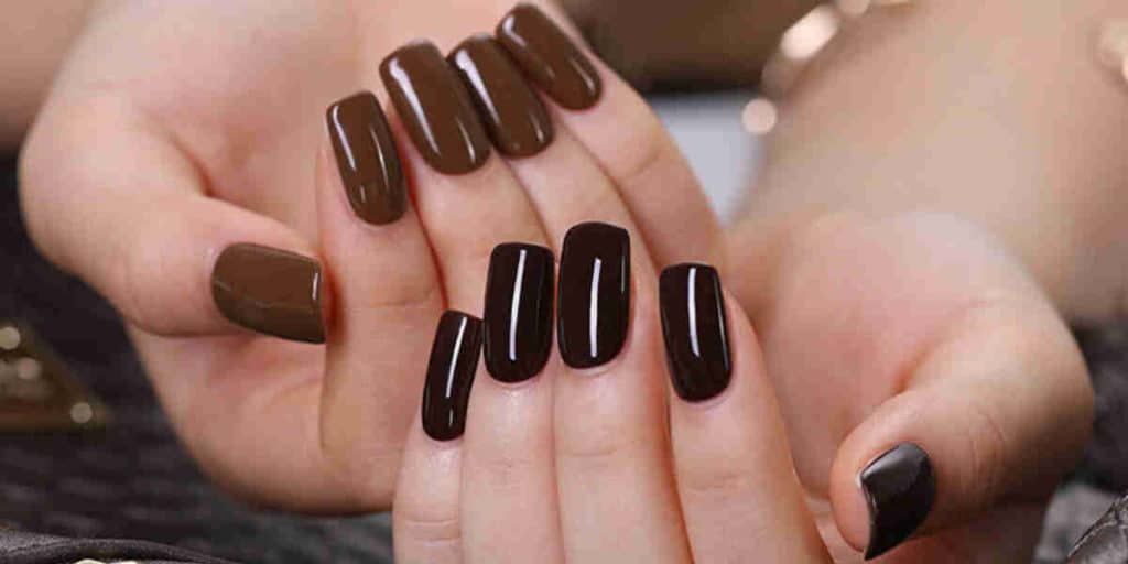 Longest Lasting nail polish with natural beauty